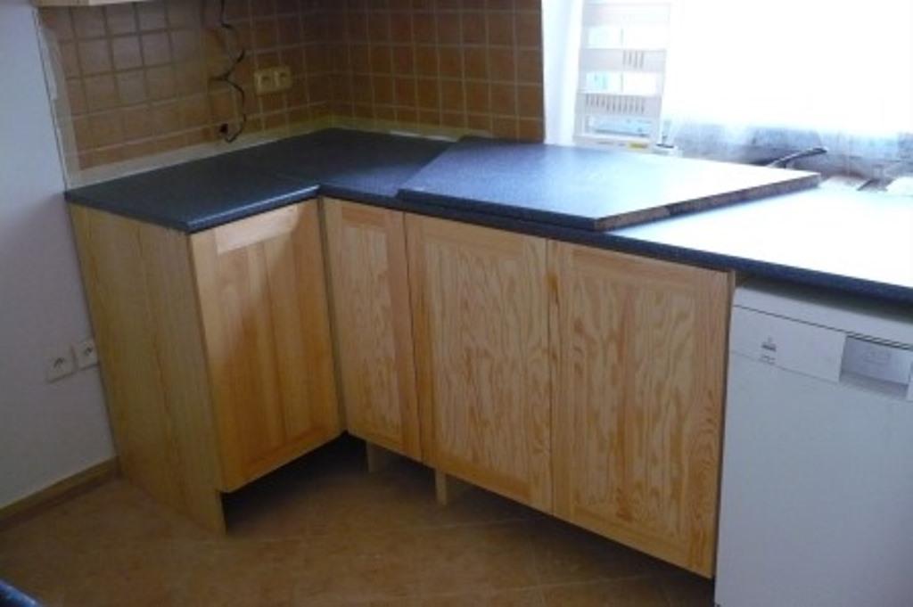 Montáž kuchyně Hronov, skříně