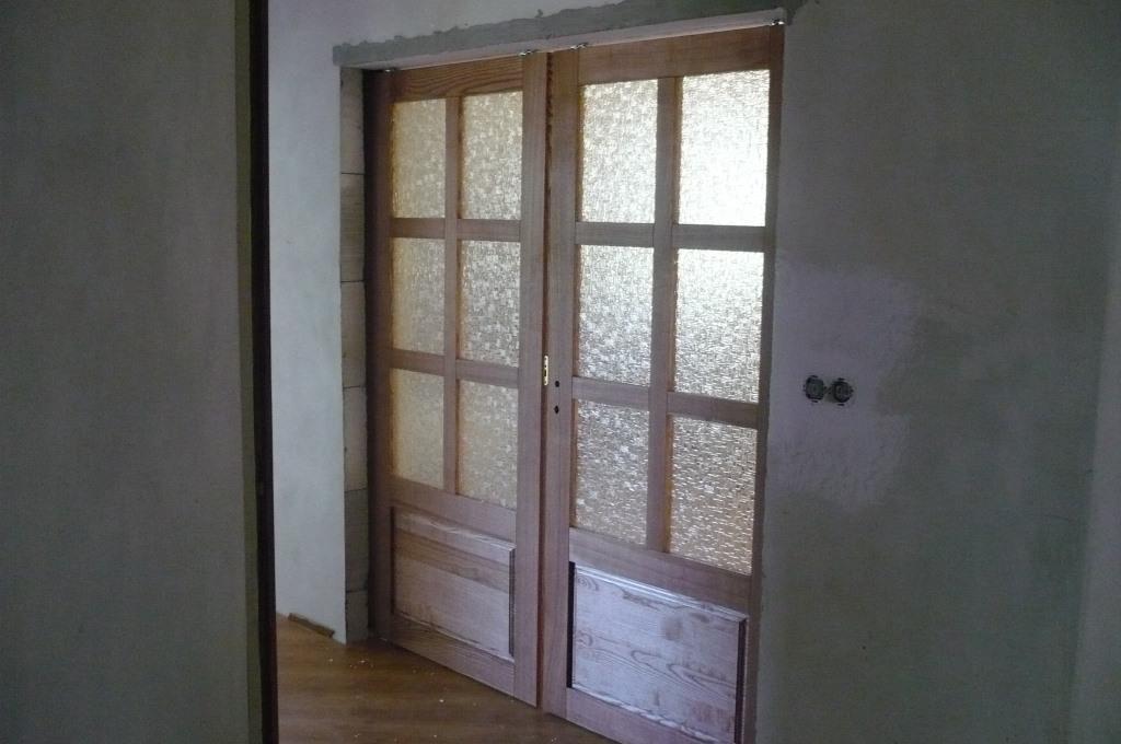 Posuvné dveře z kvalitního dřeva